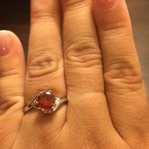 Beautiful style red stone ring